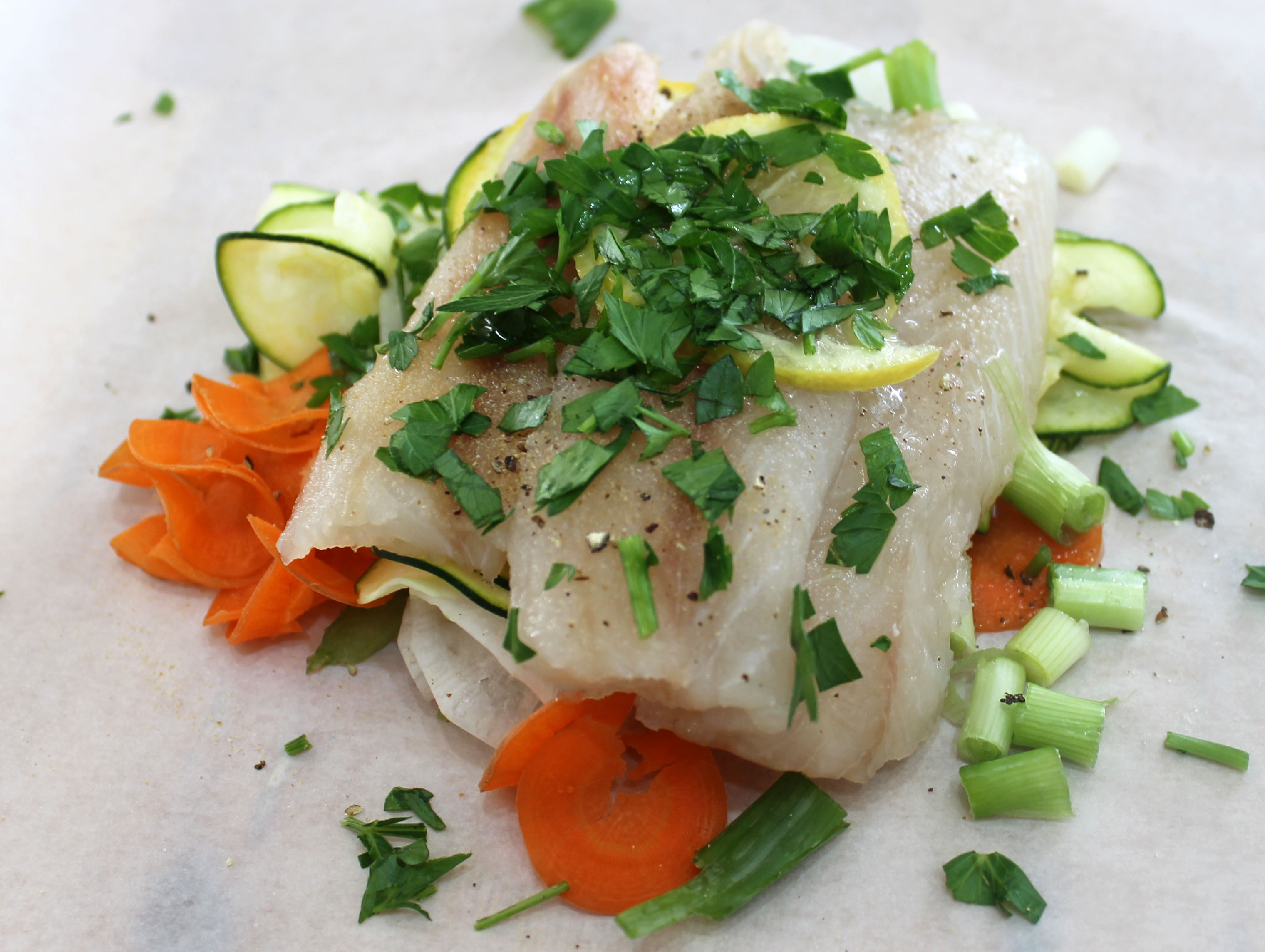 Parchment baked cod aip paleo salixisme aip living for What saltwater fish are in season now